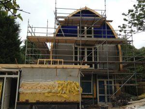Voorkant woning in bouw